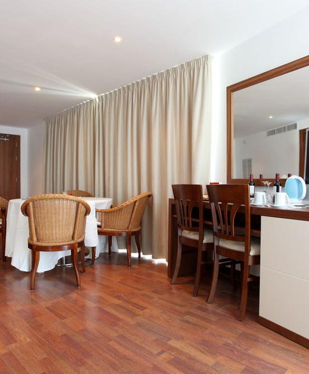 Suite Los Geranios Hotel
