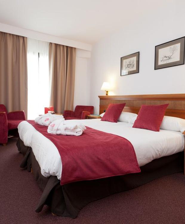 Comfortable room Los Geranios Hotel